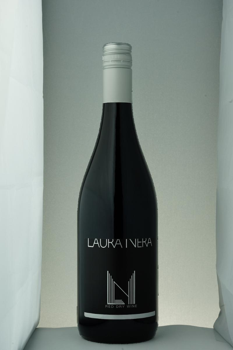 Laura Nera red dry wine
